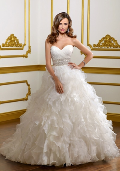 wedding gown wedding dress with sweetheart neckline