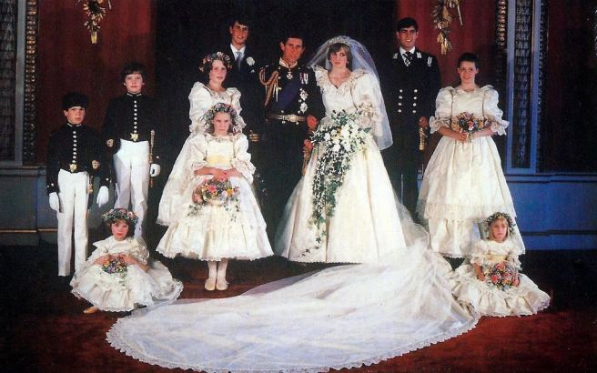 charles and diana with their wedding party