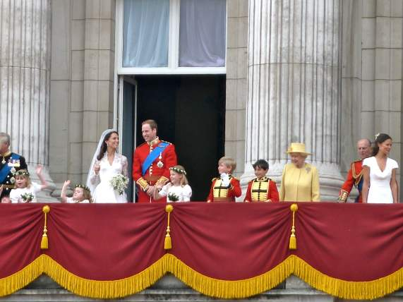 william and kate with their wedding party
