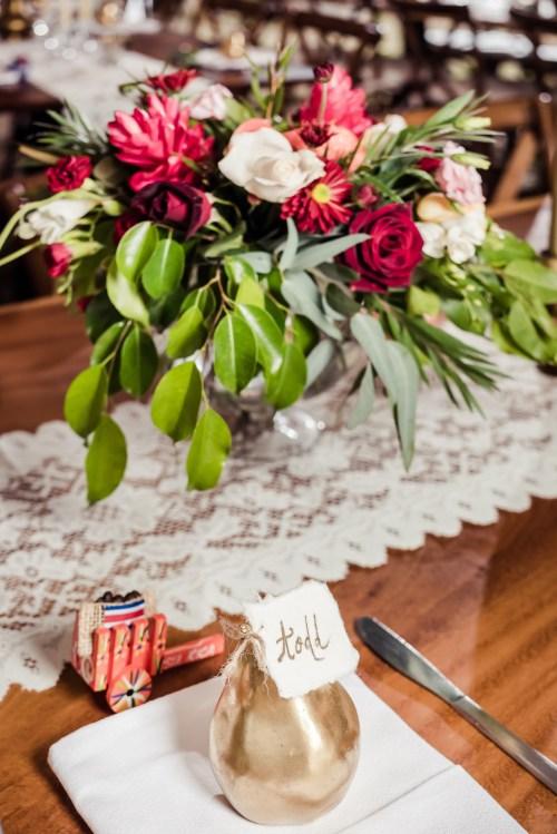 Maxwell-weddings-costa-rica-reception-gold-pears