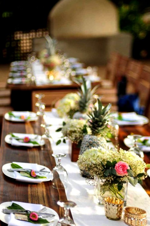 weddings-costa-rica-reception-pineapples