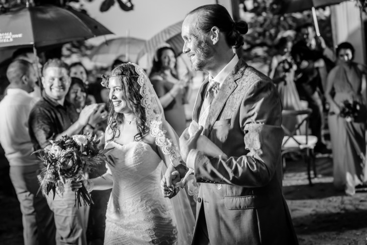 weddings-costa-rica-recessional