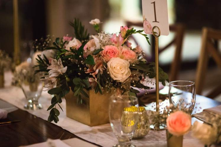 costa-rica-romantic-table-decor