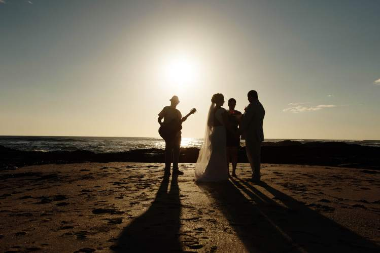 elopement ceremony beach