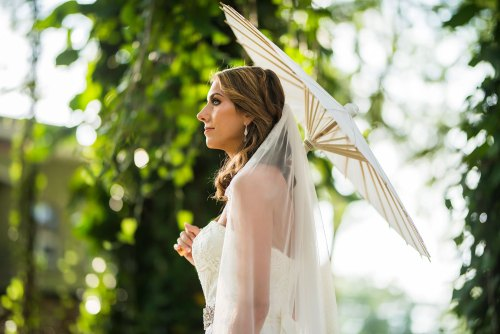 bride-with-parasol-beach-wedding-costa-rica