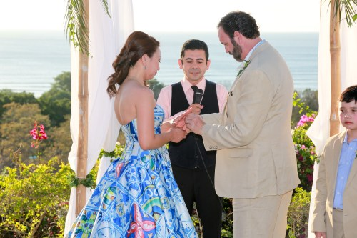 ocean-view-wedding-ceremony-vows