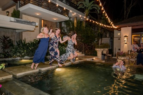 tamarindo-wedding-poolside-celebration