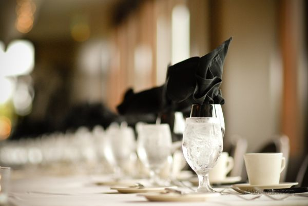Grooms table at Lakeville Weddings