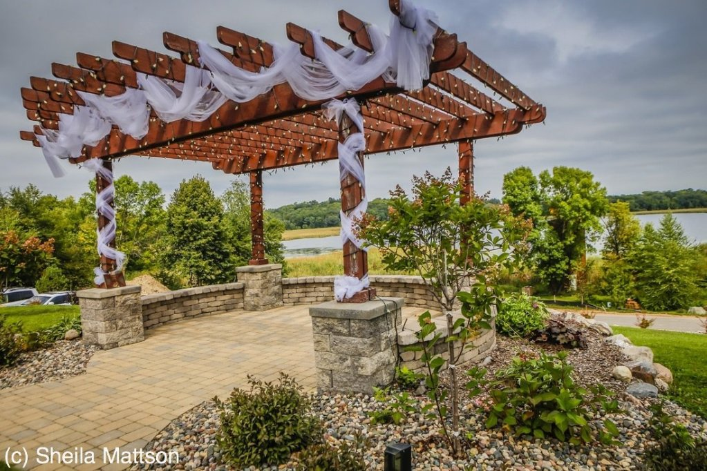 Trellis at Lakeville Weddings
