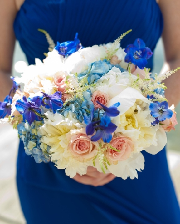 Royal Blue bridesmaid-bouquet-wedding