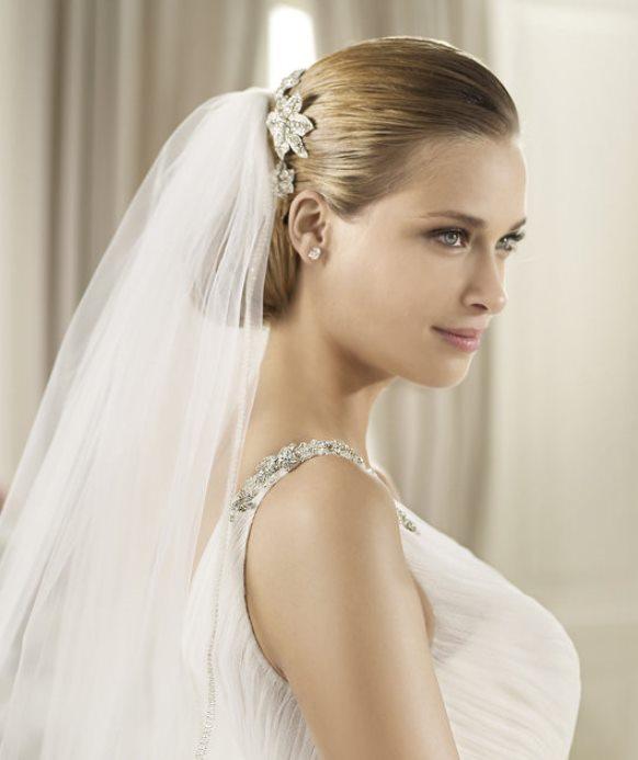 stylish swarovski rhinestone bridal pins by pronovias stylish vintage inspired bridal hair accessories stylish wedding