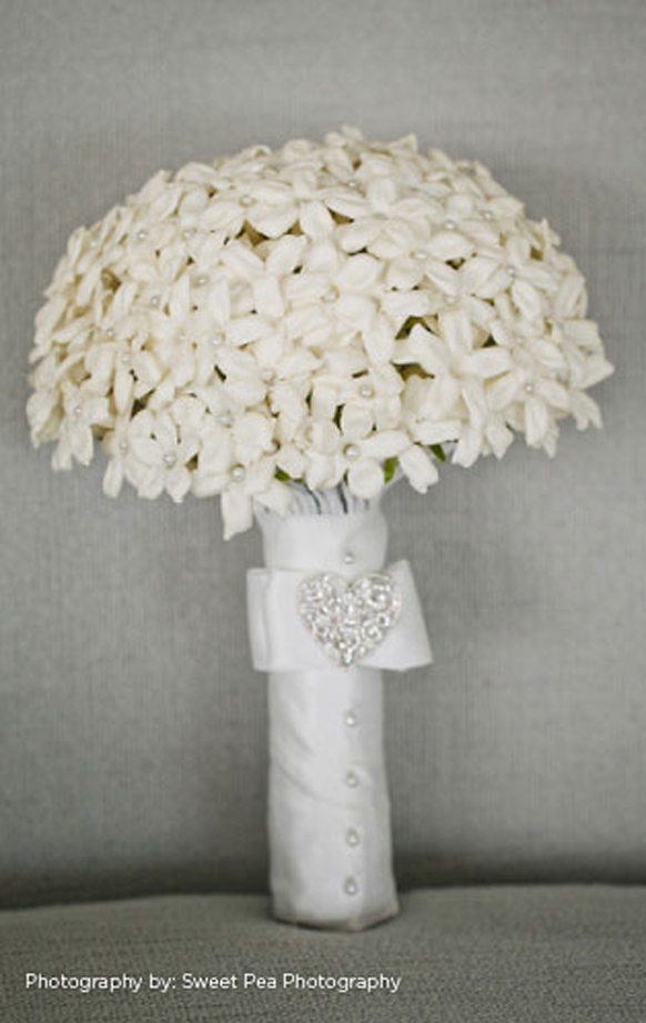 luxury white wedding bouquet