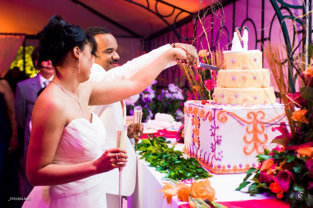 Top Wedding Cake - Cultural Cakes