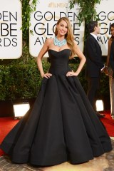 Sofia Vergara wore a Zac Posen gown with a necklace by Lorraine Schwartz