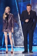 Amanda Seyfried in Saint Laurent alongside Seth MacFarlane