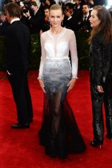 Naomi Watts in Givenchy Haute Couture by Riccardo Tisci