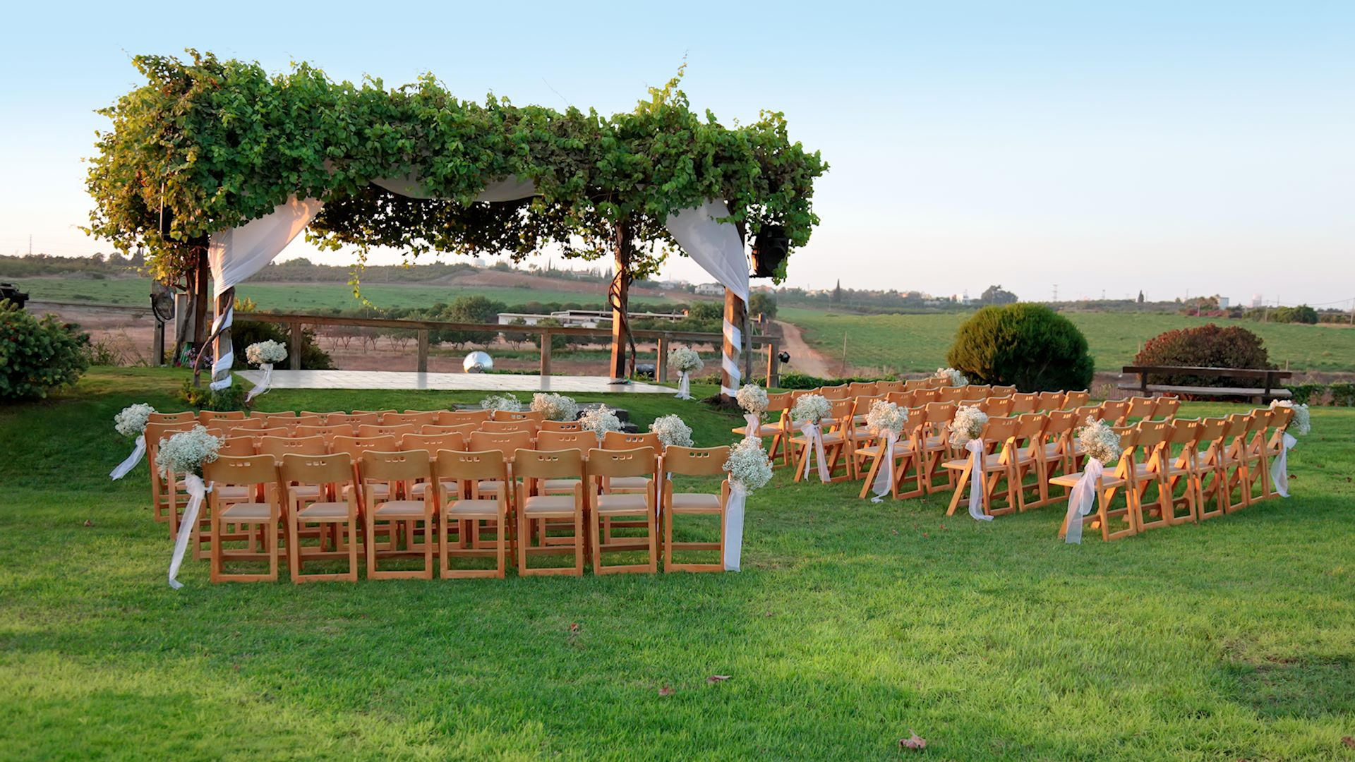 15 rustic wedding centerpiece ideas. 10 Cheap Outdoor Wedding Decoration Ideas on a Budget in 2021