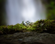 Gorgeous rings with Horsetail Falls in the background. Bringing their venue and sense of style into the shot.