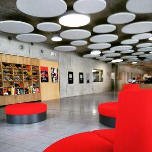 Schiller Bibliothek Eingangsbereich