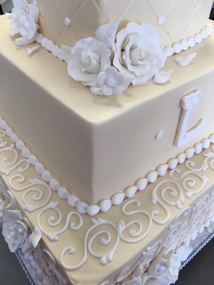 Magnificent Buttercream Wedding Cakes Thick Wedding Cake Topper Clean Wedding Cakes With Cupcakes Italian Wedding Cake Youthful Elegant Wedding Cakes BlackAverage Wedding Cake Cost Cheesecake Wedding Cake!   Wedding Wonderland Cakes In St. Louis ..