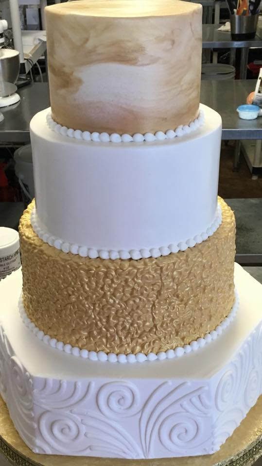 Naked Cakes?!? - Wedding Wonderland Cakes in St. Louis, Missouri ...