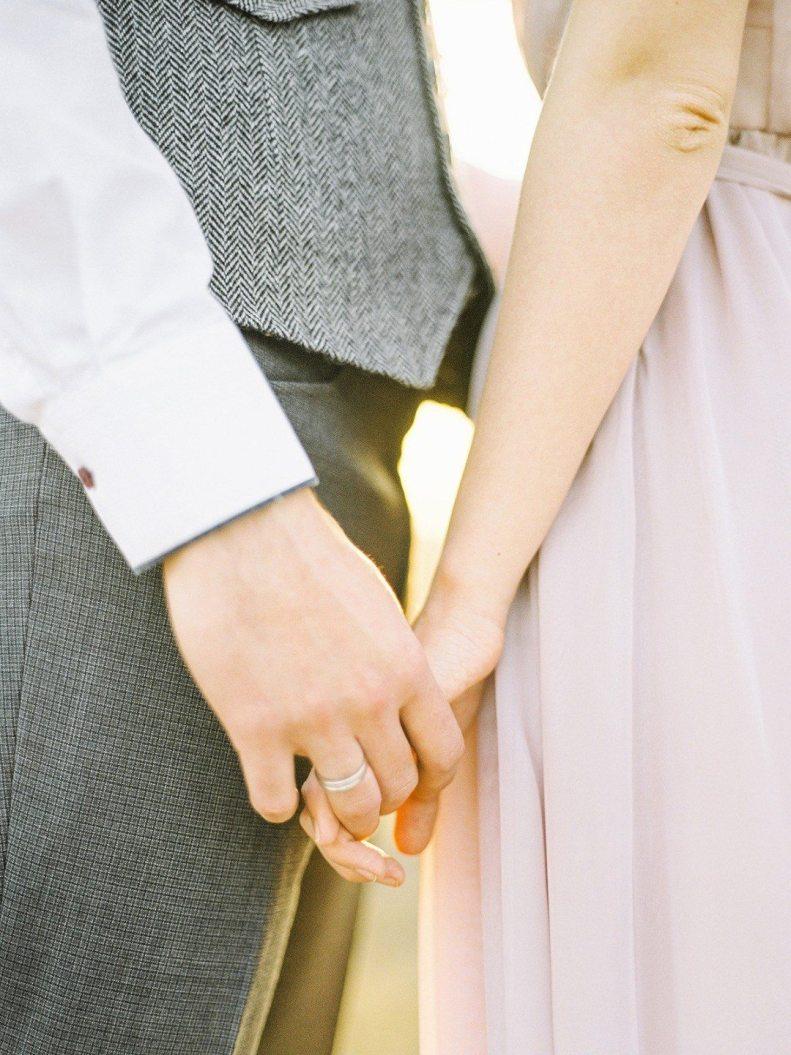 24 позы для love-story из реальных фотосессий наших пар