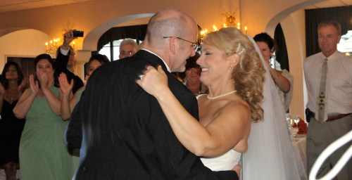 Wendy & Roger Celebrate with a love-filled First Dance at Perona Farms in New Jersey
