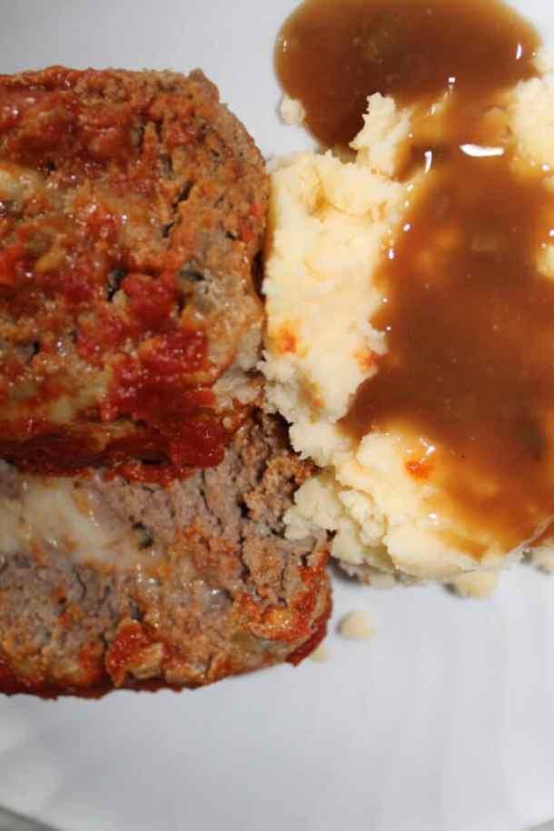 Amazing stuffed meatloaf