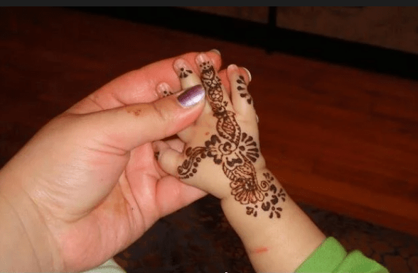 Latest Flower Mehndi Design : Latest mehndi designs for kids baby
