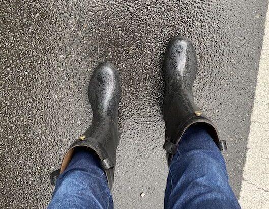 """梅雨時の足元を考える_Daiichi Rubberの長靴""""RAKA"""""""