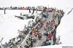 Foto LaPresse - Fabio Ferrari 23/05/2017 Bormio, Sondrio (Italia) Sport Ciclismo Giro d'Italia 2017 - 100a edizione - Tappa 16 - da Rovetta a Bormio - 222 km ( 137,9 miglia ) Nella foto:durante la gara . panoramiche Photo LaPresse - Fabio Ferrari May 23, 2017 Bormio, Sondrio ( Italy ) Sport Cycling Giro d'Italia 2017 - 100th edition - Stage 16 - Rovetta Bormio - 222 km ( 137,9 miles ) In the pic:during the race