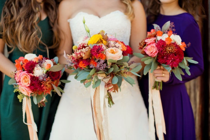 Bride And Bridesmaids With Fall-inpsired Bouquet