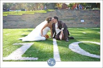 svatební foto přímo na hřišti