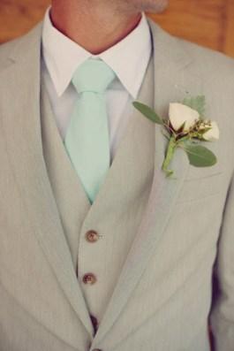 Ženichovi mintovou kravatu!