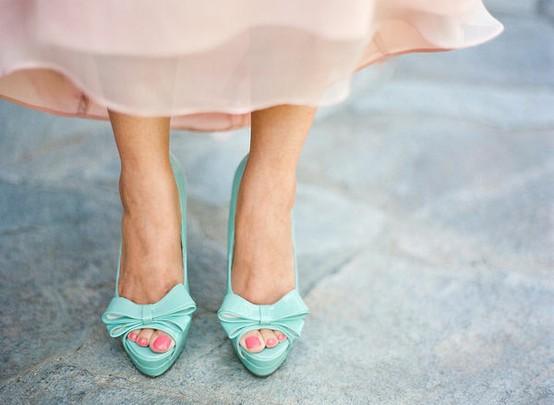 mintové svatební botičky