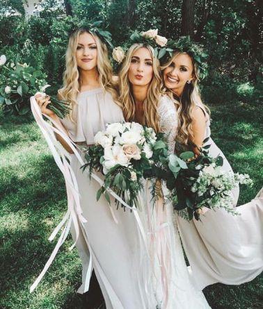 Bride:bridesmaides