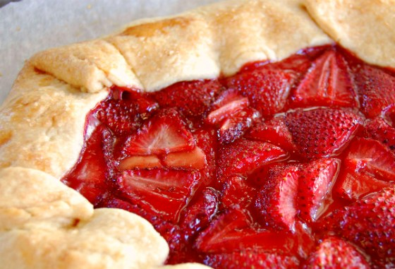 strawberry galette main