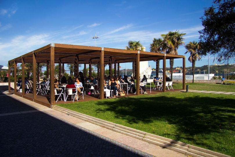 Este Oeste Pizza Sushi Cafe - Terrasse Restaurant - Lisbonne