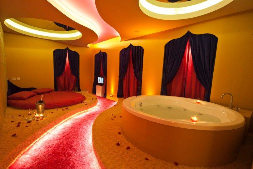 XRoomz Motel - Chambre avec Jacuzzi - Lisbonne
