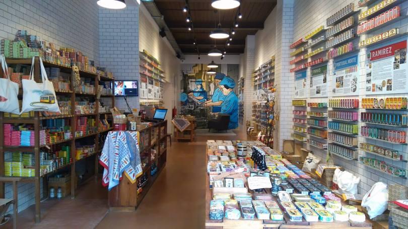 Loja das Conservas - Boutique de boites de conserves et sardines - Lisbonne - Photo de InCasual