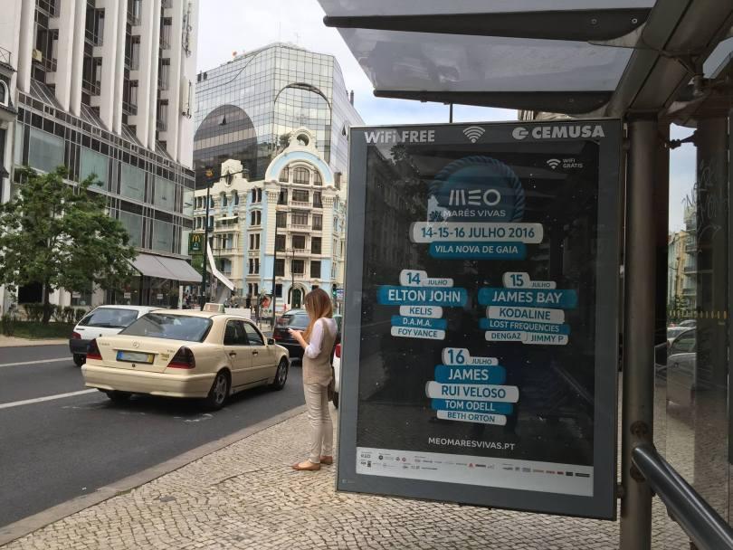 Panneau Publicitaire avec wi-fi gratuit - Lisbonne