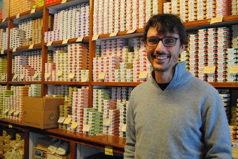 Tiago - Patron actuel de la Conserveira de Lisboa - Boites de sardines - Lisbonne
