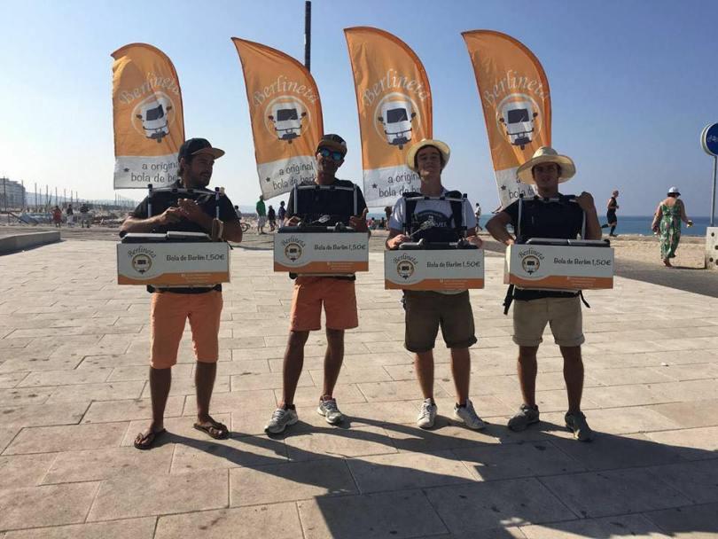 Vendeurs de beignets de plage - bolas de berlim - Berlineta - Plage Costa da Caparica - Lisbonne