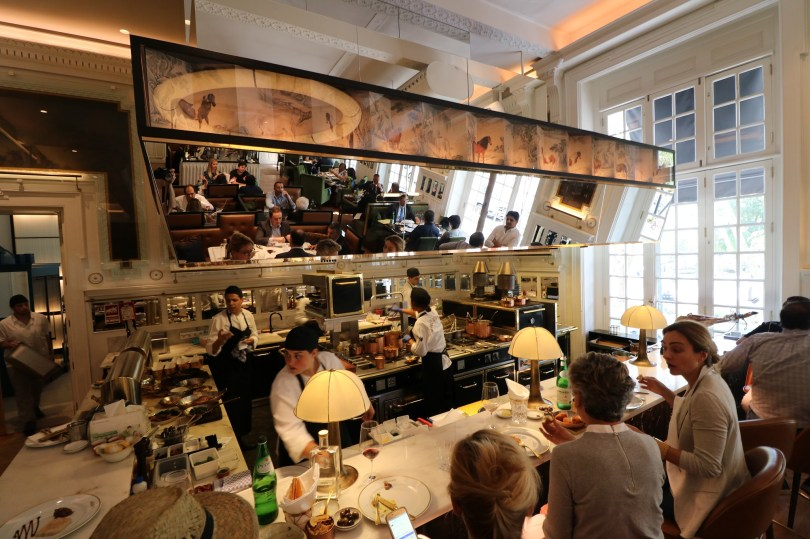 Cuisine show cooking du restaurant JNcQUOI - Lisbonne