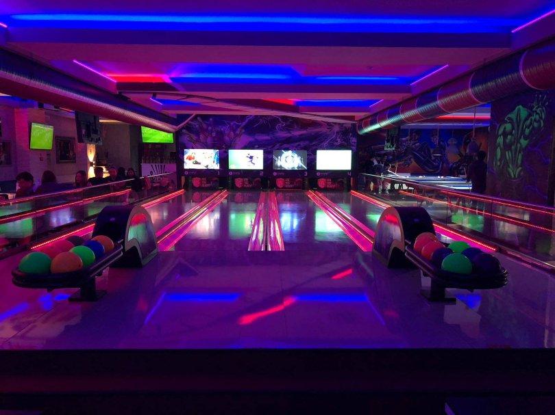 Joker Lounge Saldanha - Bar divertissement bowling - Lisbonne