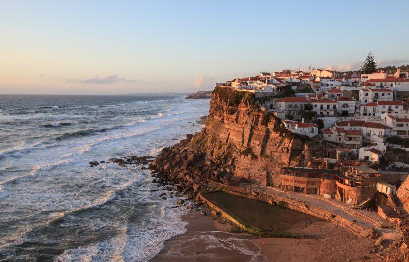Village et plage de Azenhas do Mar - Sintra - Portugal