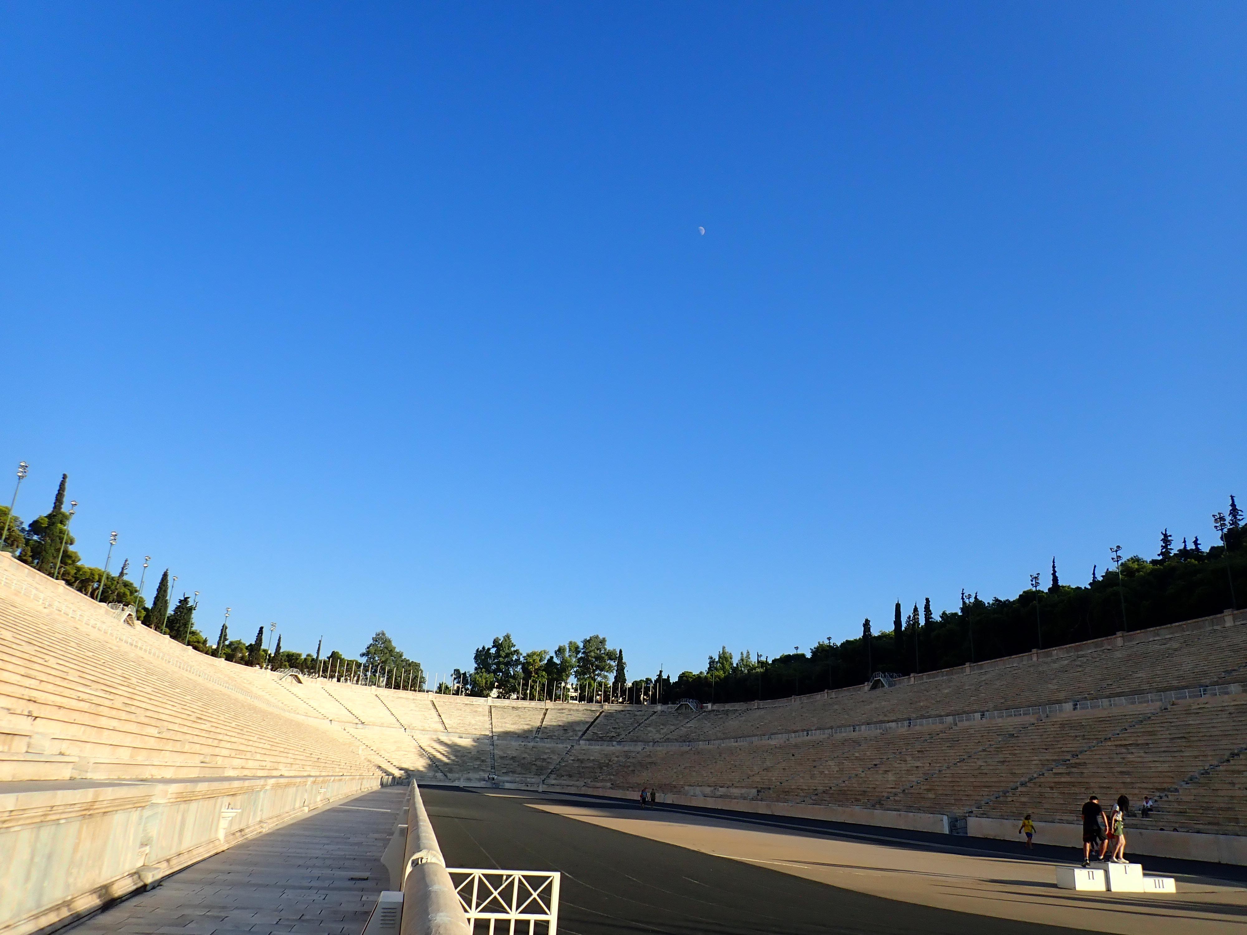 近代オリンピックの聖地 パナティナイコ・スタジアムを散策してみた。