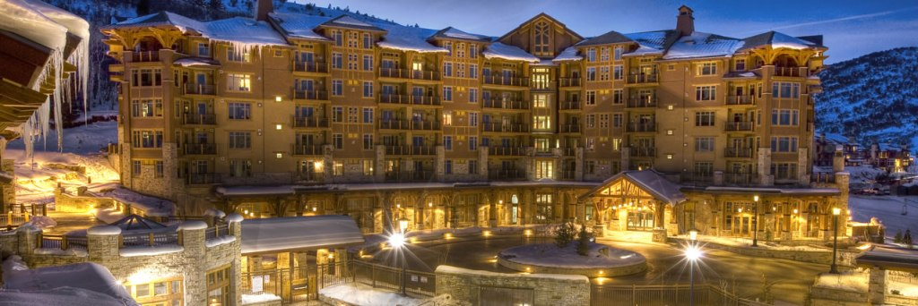 Hyatt-Escala-Lodge-Park-City-Exterior-Night