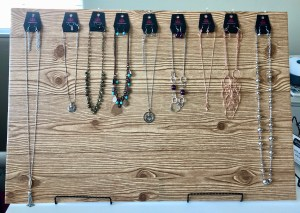 DIY cute and cheap Paparazzi jewelry displays for shows.