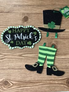 how to decorate for St. Patrick's day for cheap